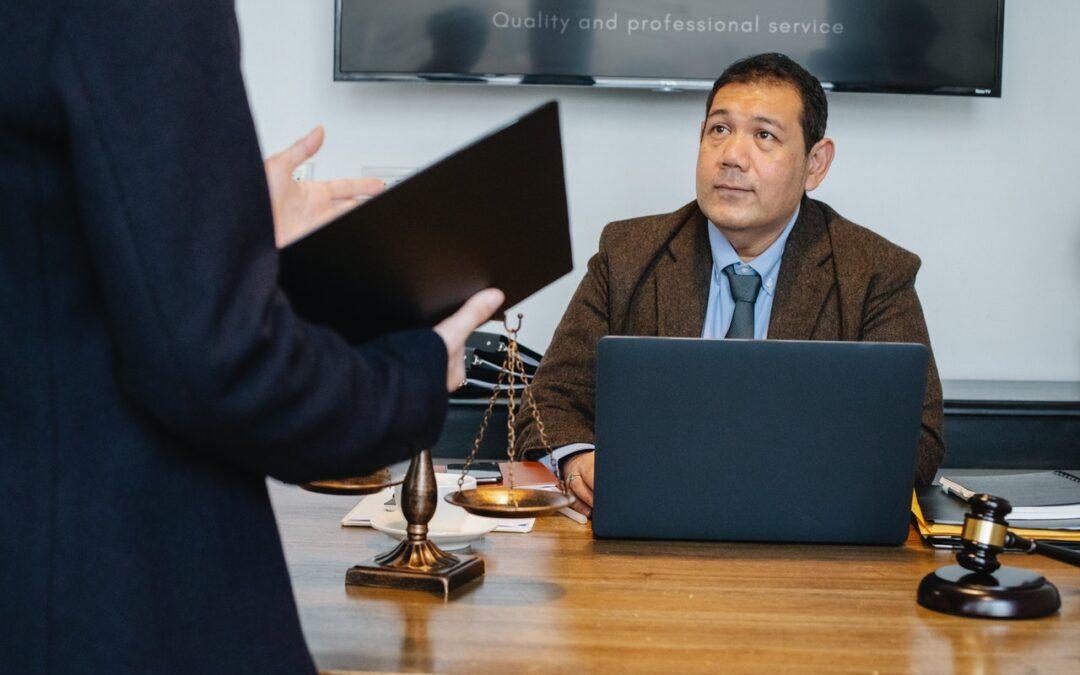 Come fare una traduzione legalizzata in ambasciata?